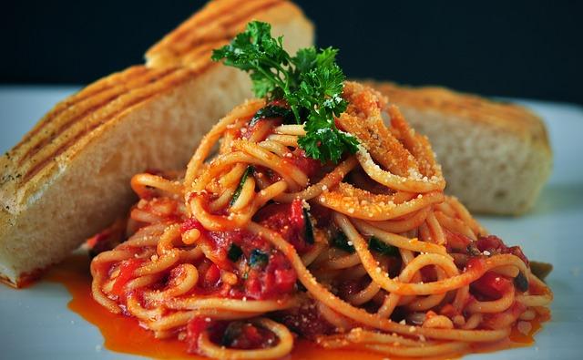 Turkey ragu with spaghetti